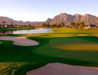 De golfwereld van…